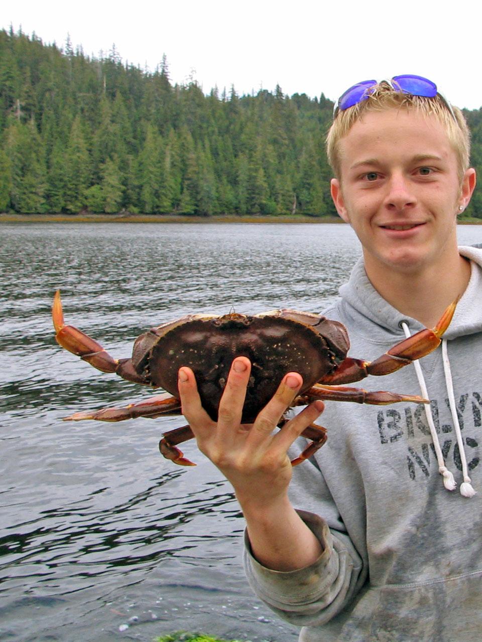Crabbing at Alaskan Escape